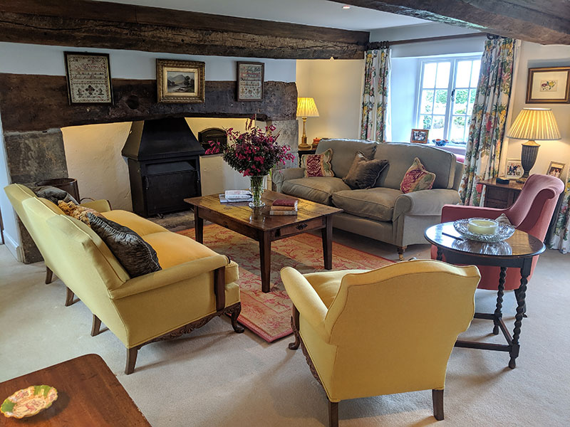 The Drawing Room at Middle Farm House Bed and Breakfast in Somerset