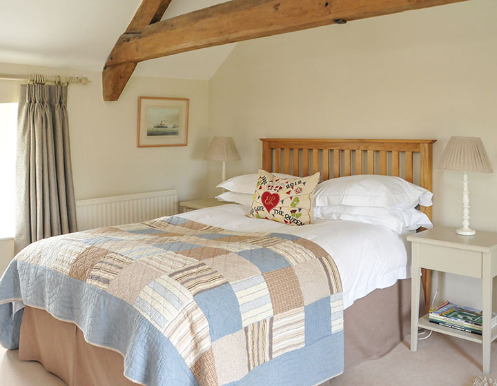 Ecru Room Luxury Bed and Breakfast near Castle Cary and Bruton